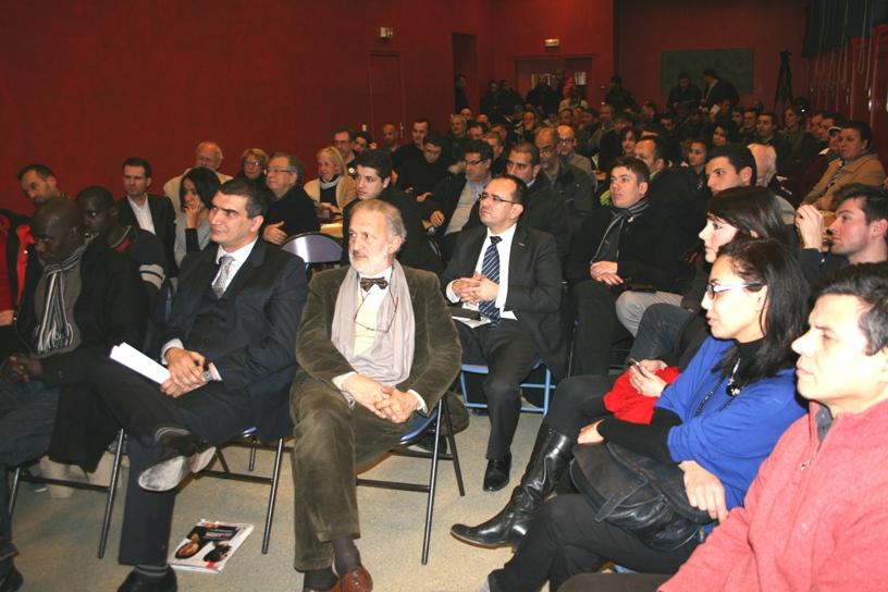 0000053924 salle 21 Soirée de lancement de campagne de Yacine DJAZIRI le 09 février 2012