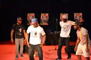 photo danseurs 300x200 Meeting festif, rassemblés nous sommes plus forts