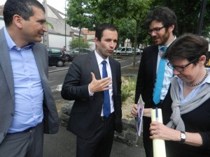 DSCN0570 300x225 Benoît Hamon est venu soutenir la candidature de Yacine Djaziri
