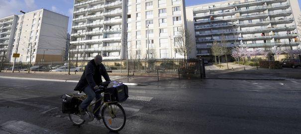 le cite des grands ensembles a tremblay en france en banlieue parisienne 4840703 Banlieues: Lenjeu clef doit être linclusion économique des jeunes